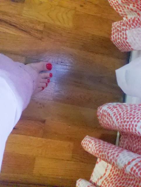 one foot wonder.